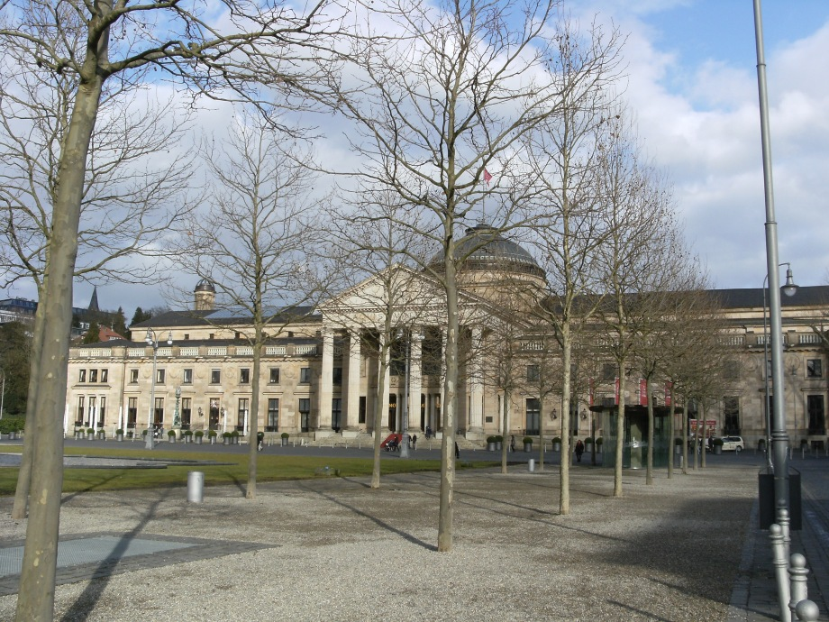 Kurhaus Wiesbaden Nadia Baumgart Kunst Zeichnungen Malerei