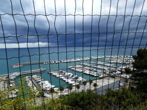 Meer-hinter-Gittern-Nadia-Baumgart