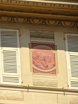 Alassio-facciata-photo-Nadia-Baumgart