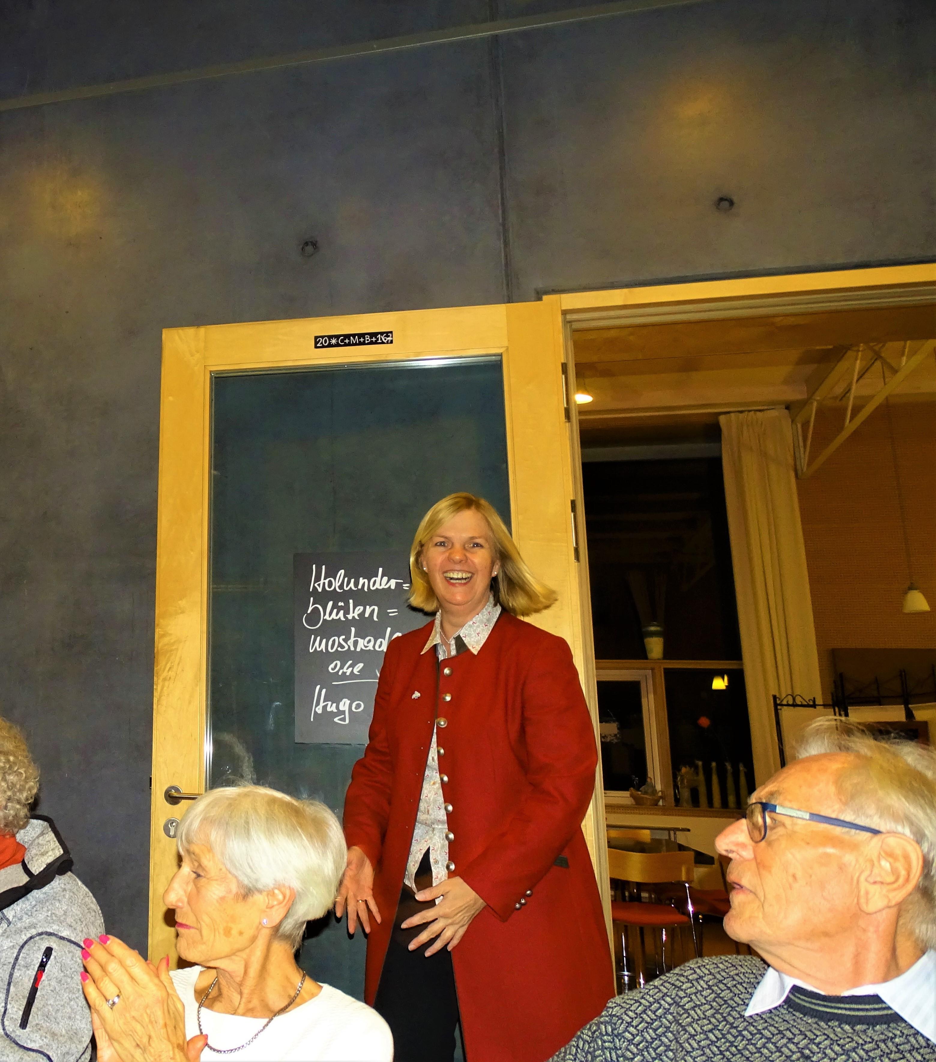 4-Vernissage-Artrium-Bad-Birnbach-Nadia-Baumgart-Feicht