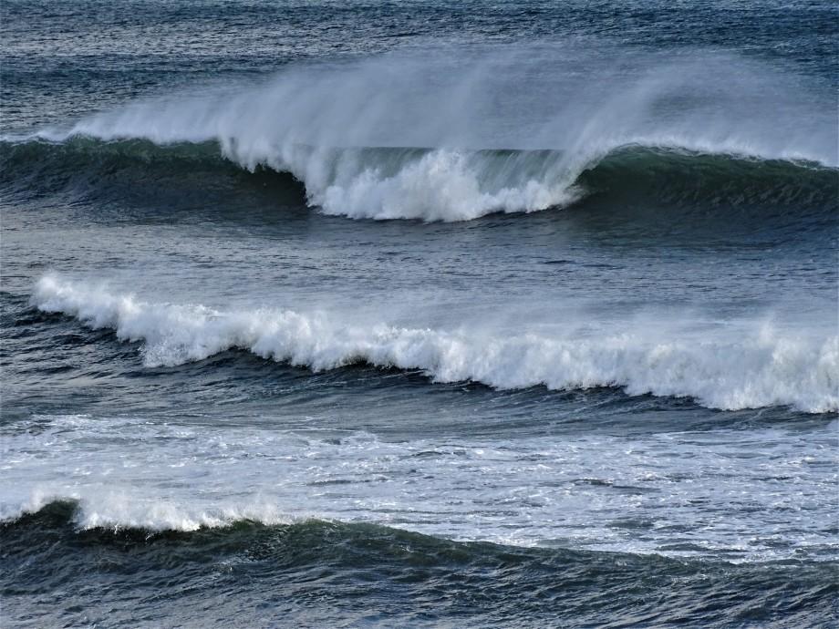 1-a-Spruehende-Welle-Azoren-Foto-Nadia-Baumgart
