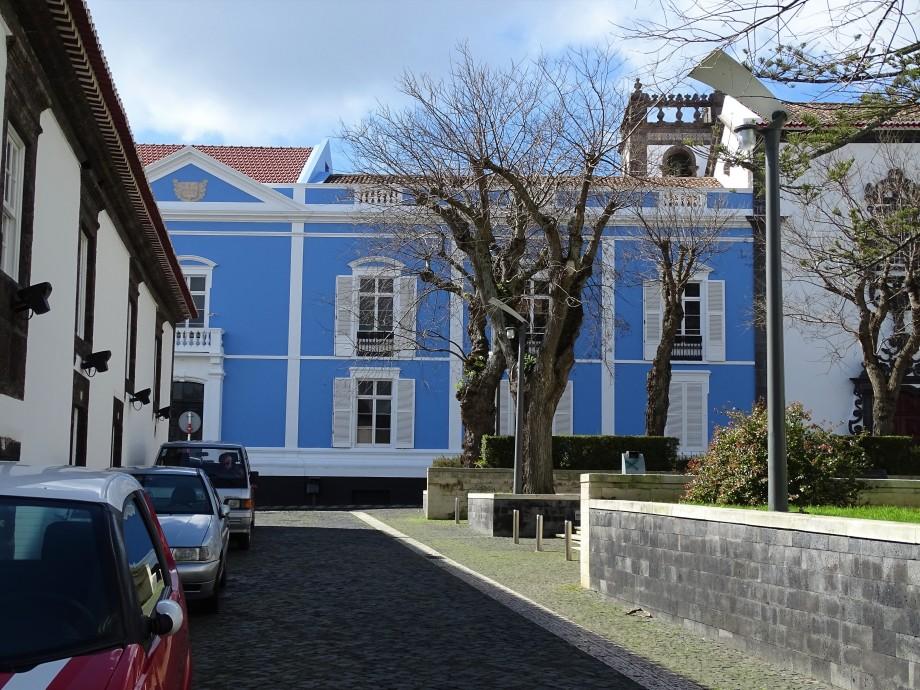 1a-Ponta-delgada-Largo-Martiri