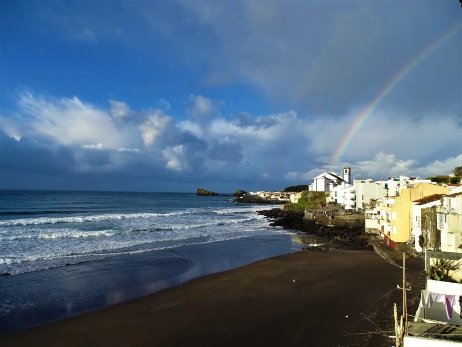 3-Regenbogen-auf-Sao-Miguel-Foto-Nadia-Baumgart