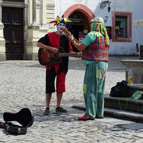 3-Straßenmusikanten-cesky-krumlov-krumau
