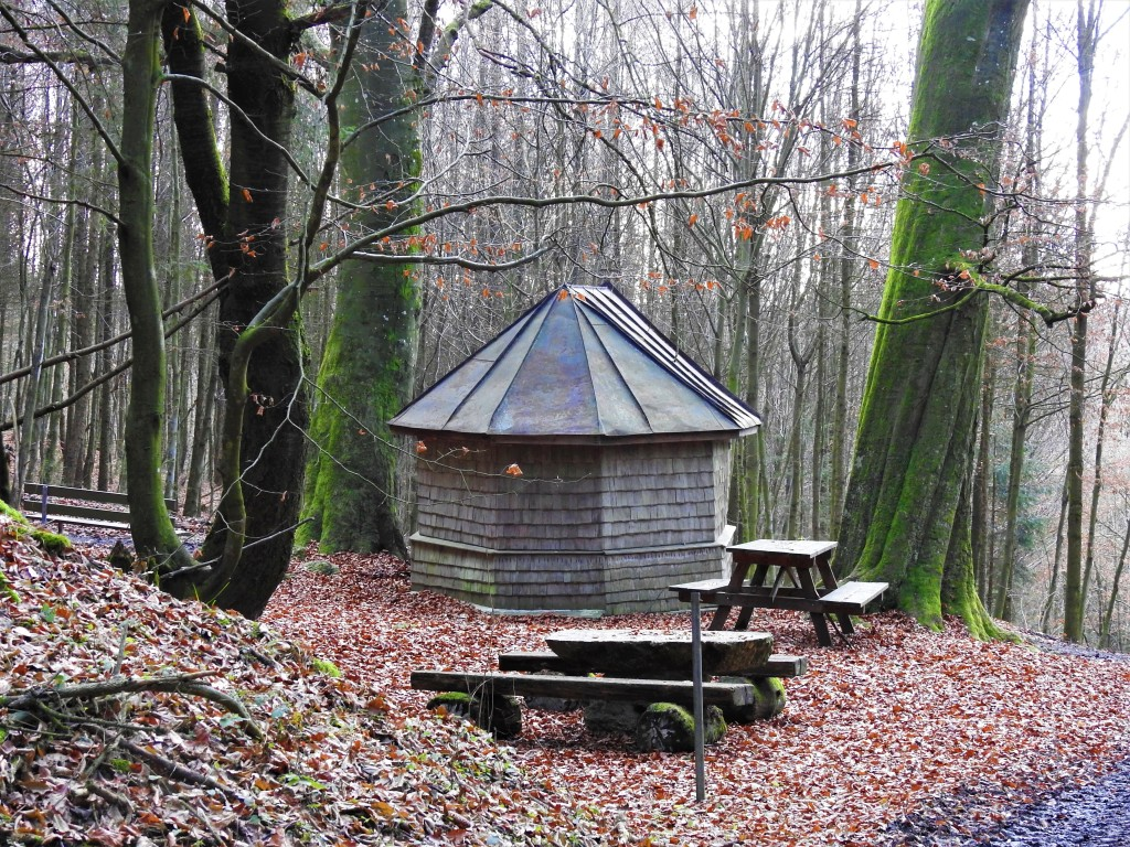 Holzkapelle im Lugenzwald in Bad Birnbach