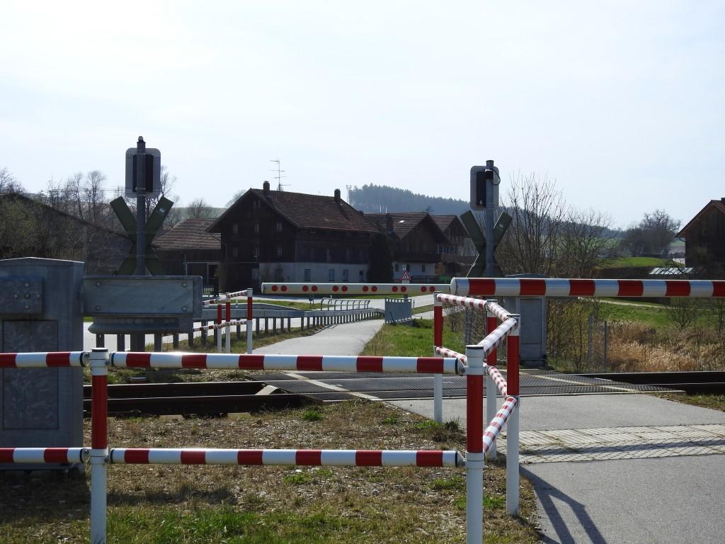 Bahnübergang im Rottal