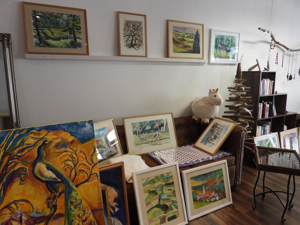 Ausstellung - Petzis wird ein Jahr alt! Das Geschäft für Kunst und Handwerk in der Hofmark von Bad Birnbach wurde zwischen zwei Lockdowns geboren.
