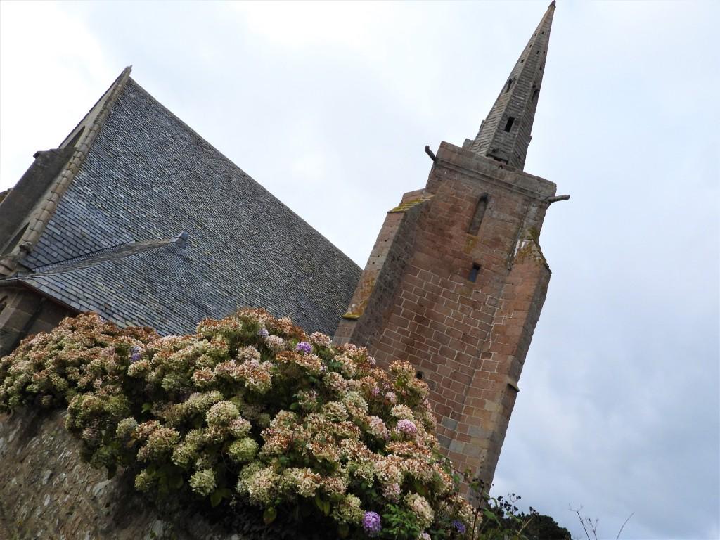 Kirchen im Finistère